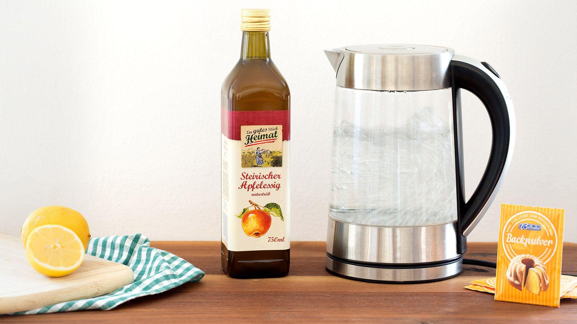 Wasserkocher entkalken leicht gemacht  So werden  ~ Wasserkocher Entkalken Zitrone